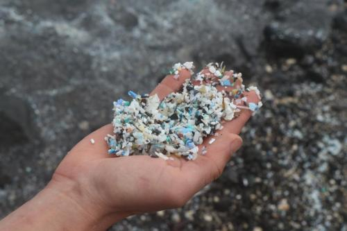 Plastic granules and micro plastics are hard to detect in sand